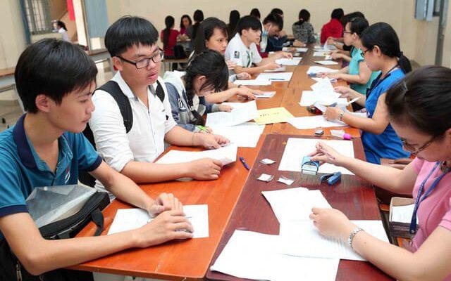 học sinh sợ thất nghiệp khi đăng kí học đại học