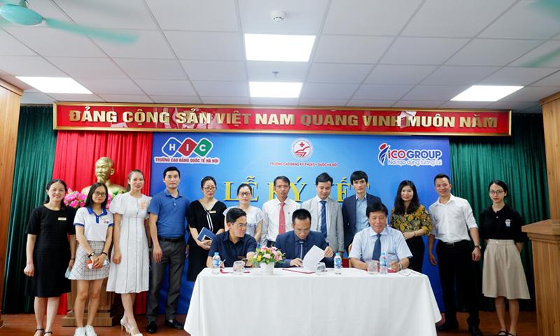 Lễ ký kết hợp tác đào tạo và đầu ra việc làm trong nước, quốc tế cho sinh viên